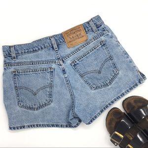 Levi's vintage high-rise denim mom jean shorts 9